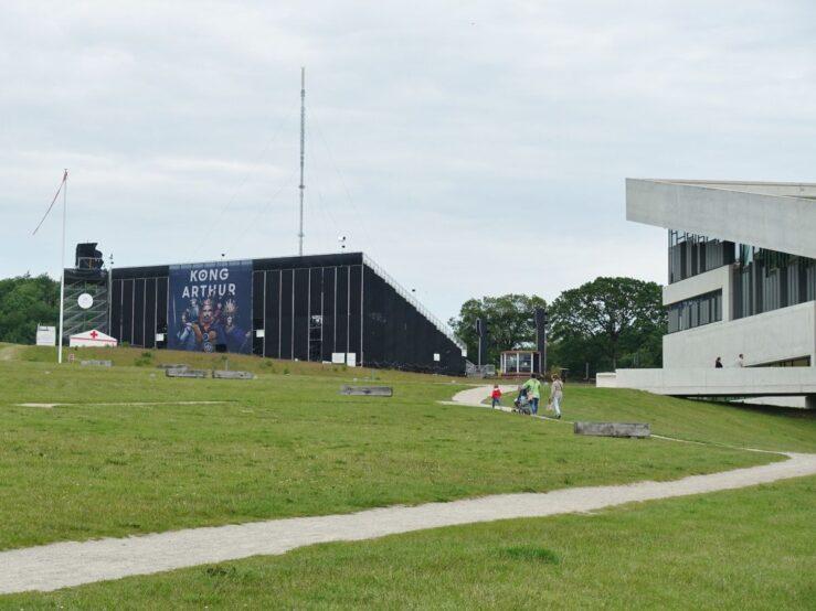 Viking kings play at Moesgaard Museum - Danish Vikings - King Arthur
