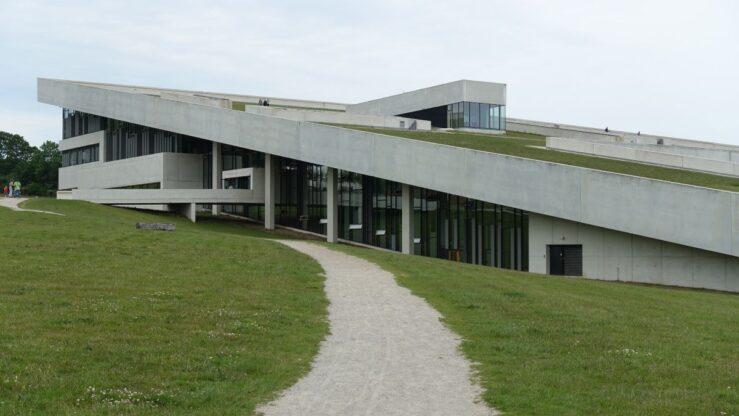 Moesgaard Museum has the frames for Danish Vikings and Viking kings