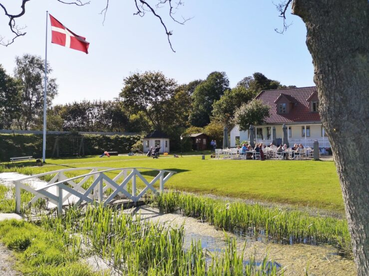 Svostrup Kro hike in Jutland Pramdragerstien towpath