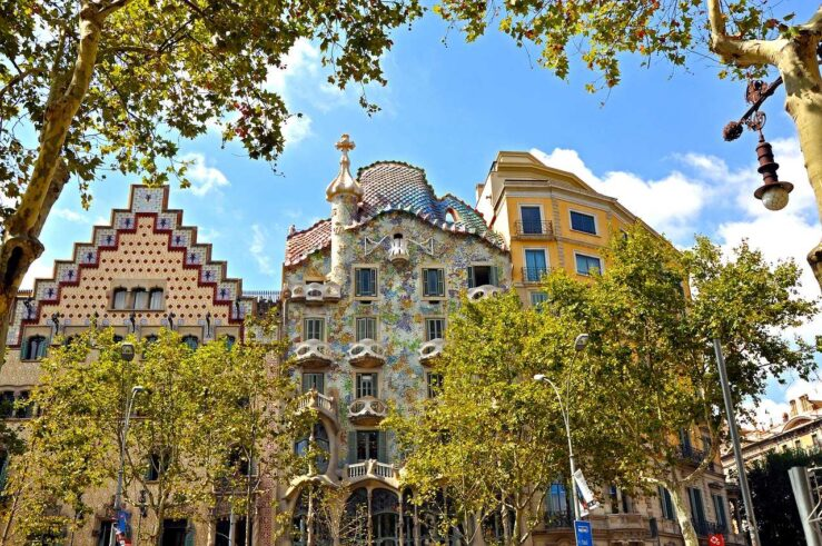La Sagrada Familia, Casa Mila Casa Batllo - Gaudi in Barcelona